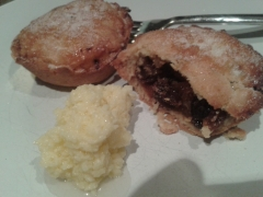 Mince pie and brandy butter