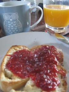 Finished toast and jam